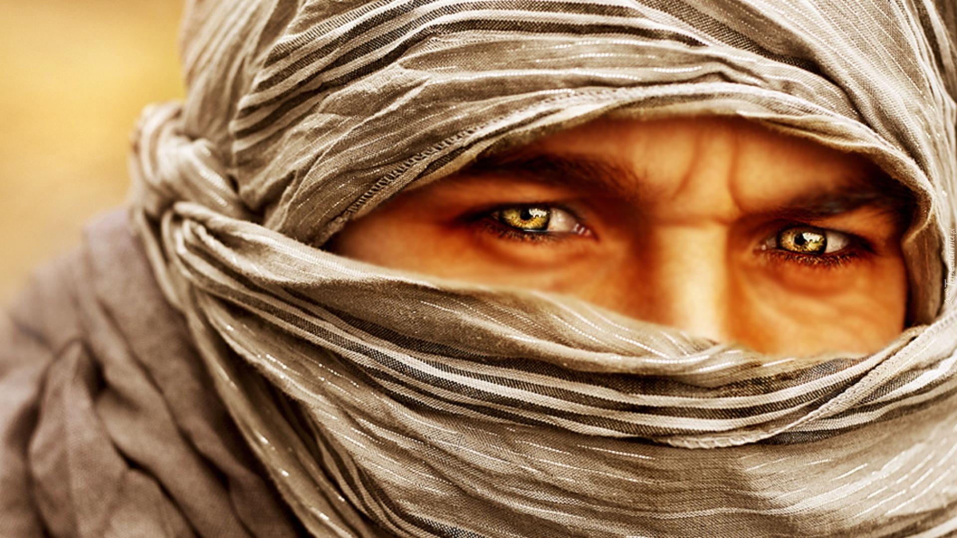 глаза араба